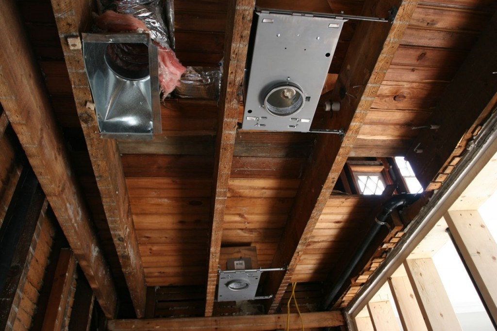 Preliminary placement for master bath recessed lights.