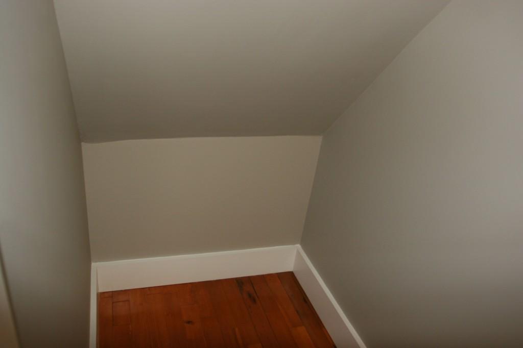 That's a good lookin' closet, I must say.