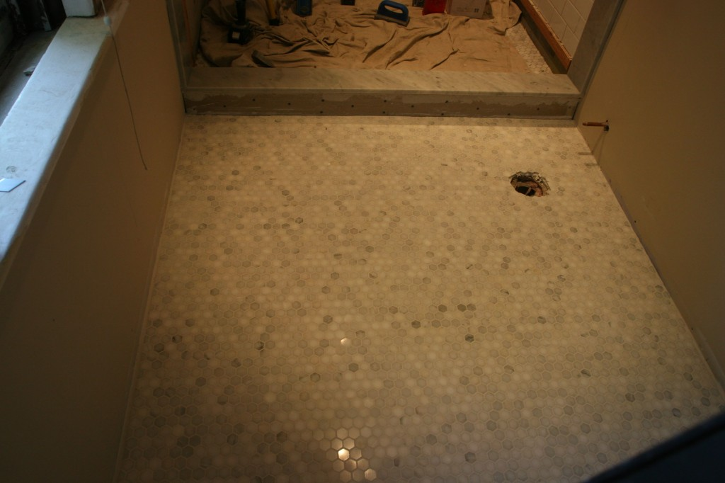Ta-dah! Grout makes everything seem so creamy, and dreamy. I'll nap here next.