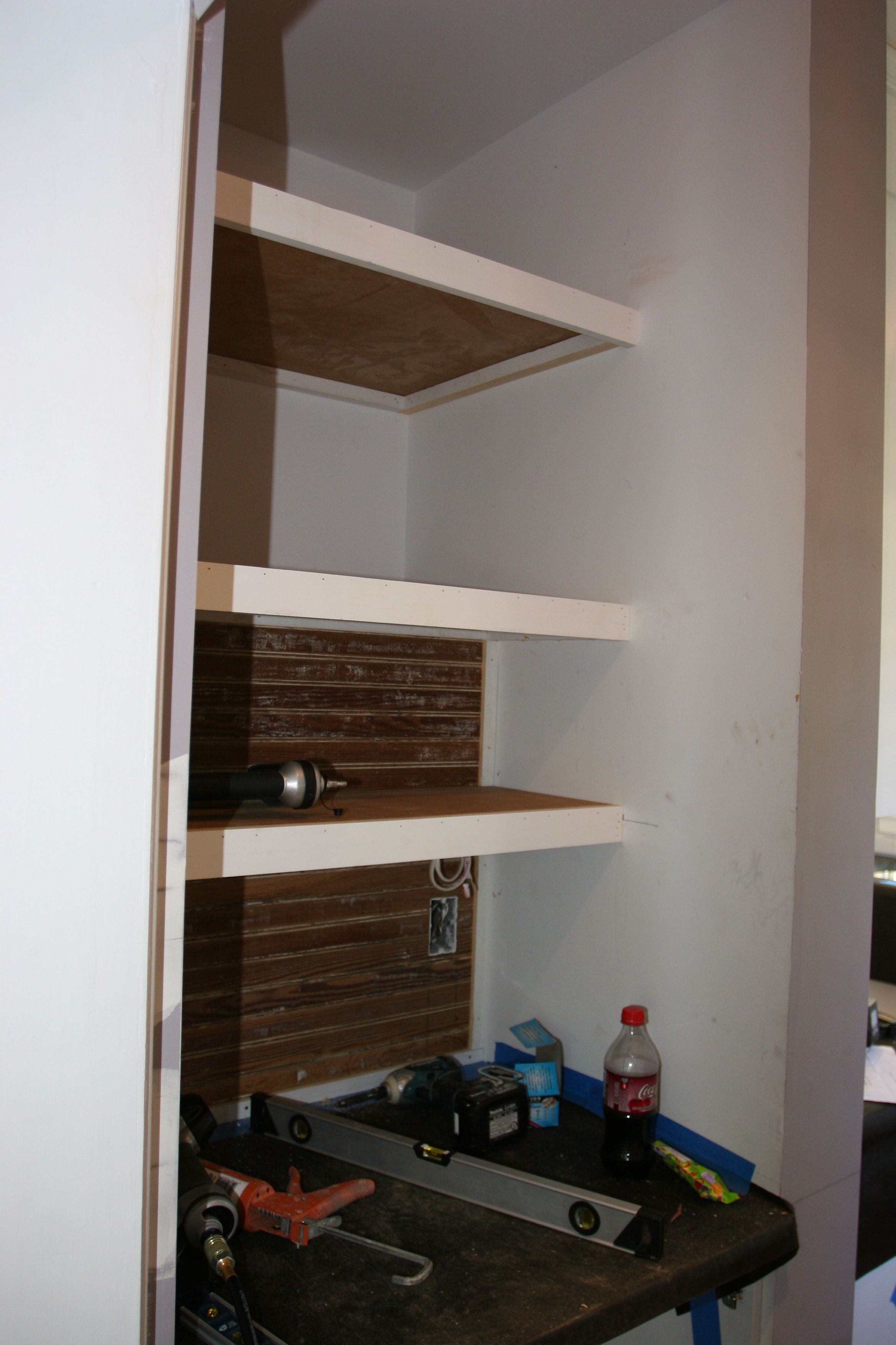 And another shelf! Storage aplenty!