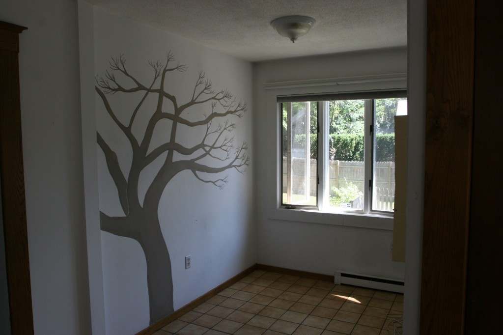 Remember my little tree? My former hair studio, formerly breakfast nook, formerly formerly a laundry room.
