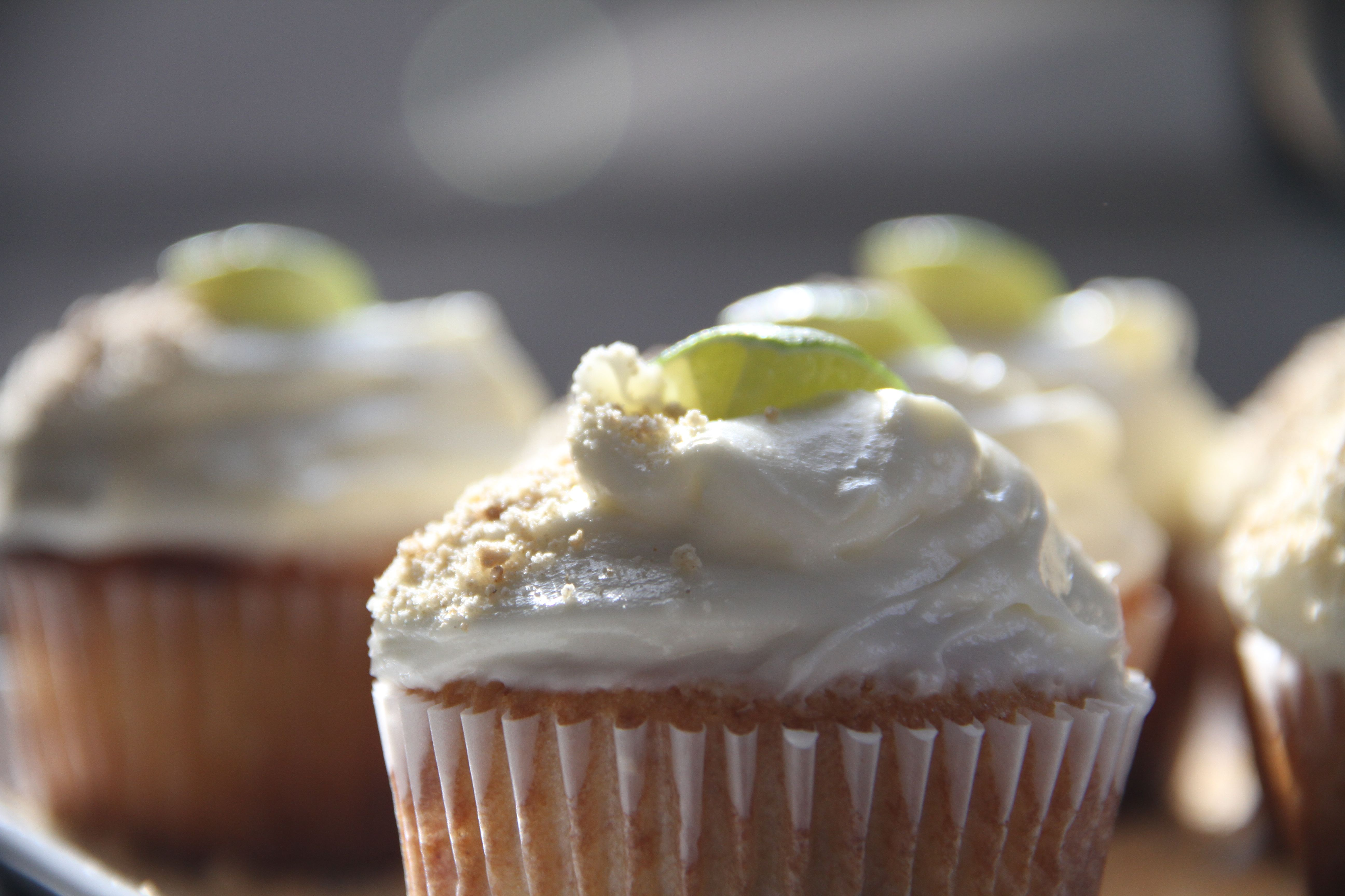 I'm telling you. Make these. You will not be sorry. Happy cupcaking!