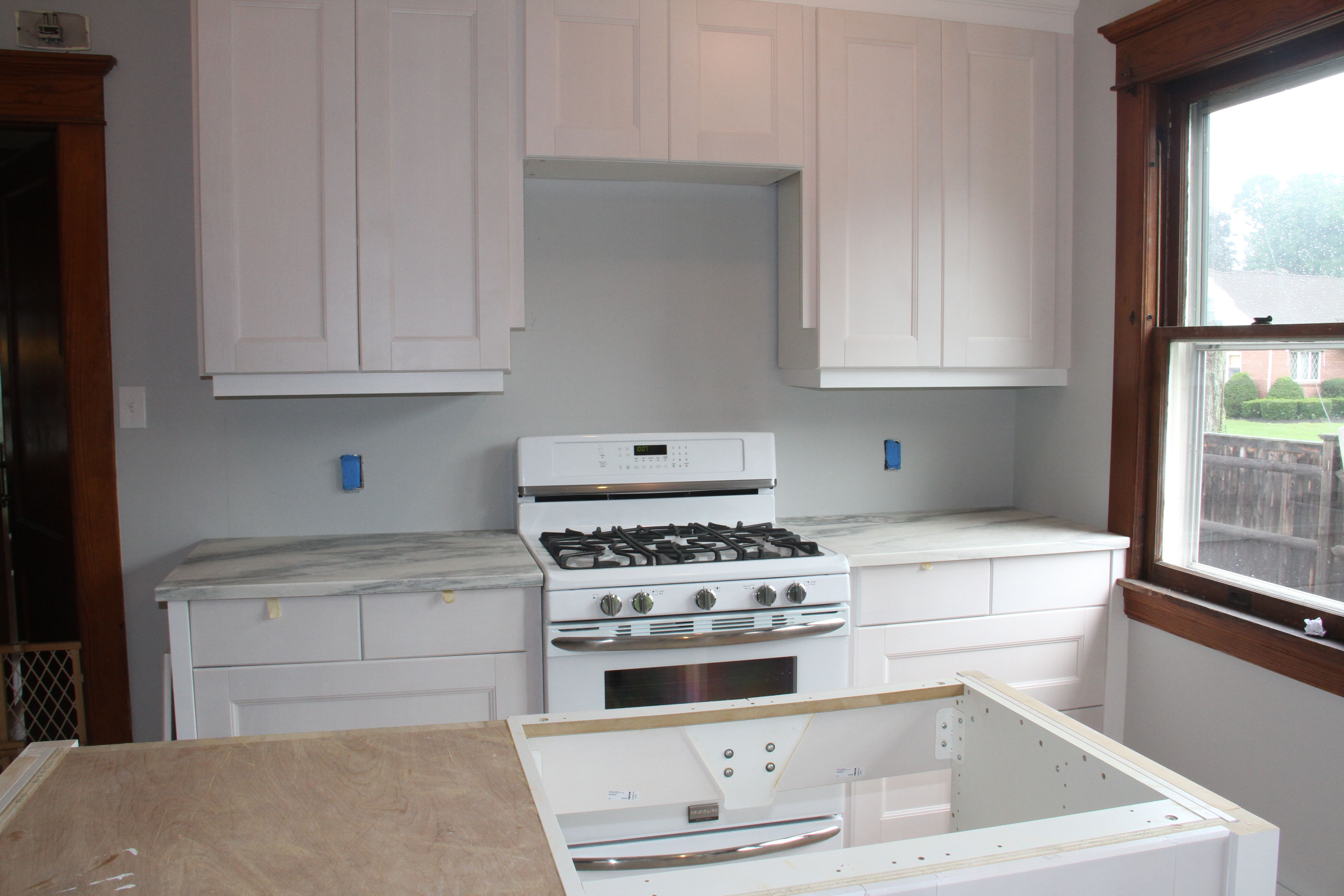 BAM! Check me out! And this is BEFORE the backsplash goes in...